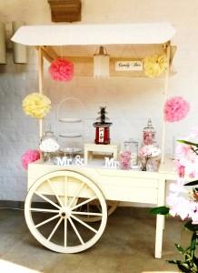 Candywagen Cremefarben